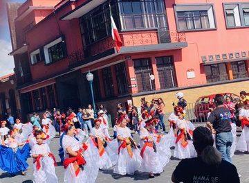Hoy Domingo en Coatepec (VER SECCIÓN DE VIDEO) se realizó por segundo año el Jarochódromo