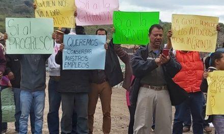 Piden a la PMA revisar clausura de granja de pollos Los Atlixcos