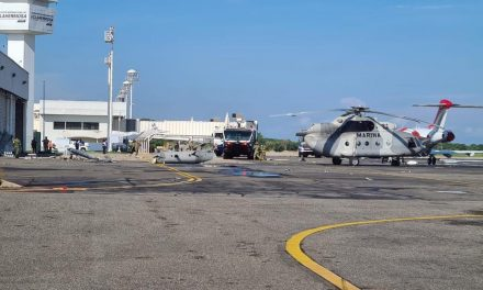 CAE HELICOPTERO DE LA MARINA (FOTOS)