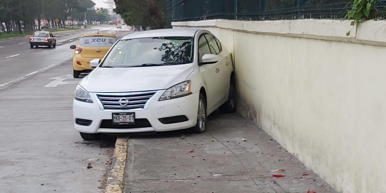 La conductora sólo se llevó el susto de su vida y una multa por lo ocurrido.