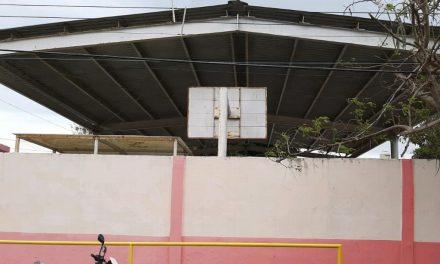 DOMO DAÑADO POR FUERTES RACHAS HURACANAS EN BOCA DEL RIO