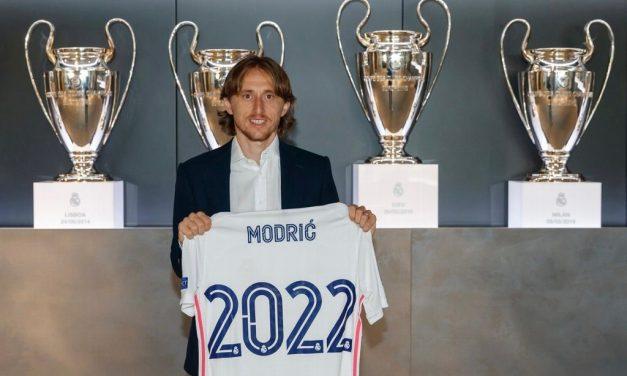 Luka Modric renueva con el Real Madrid